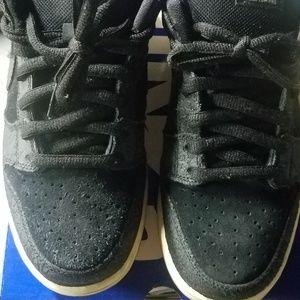 new arrival 7a5d3 8f45e Nike Shoes - Nike Dunk Low Premium SB QS